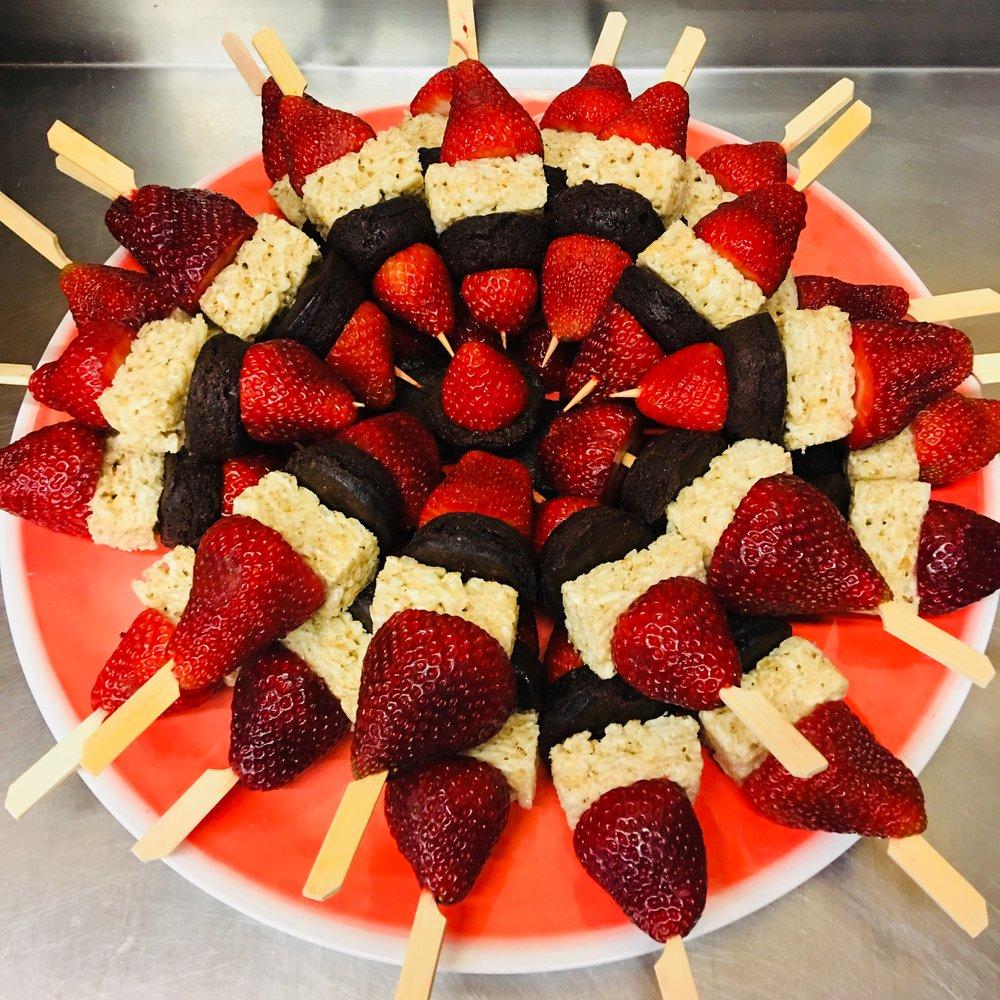 strawberry dessert kabobs 2.jpg