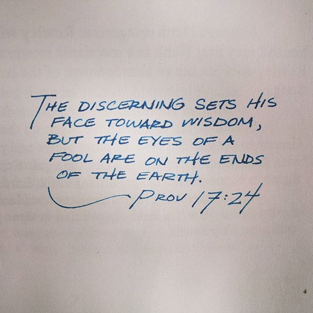 Prov 17:24.  #proverbs_by_hand #proverbs #bibleverse #bible #handwriting #handwritten #fountainpen #fountainpens