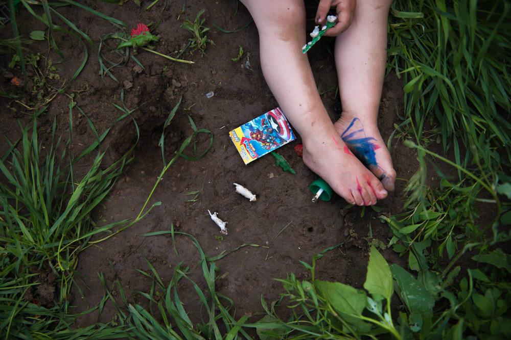 eloise legs dirt WEB-1.jpg