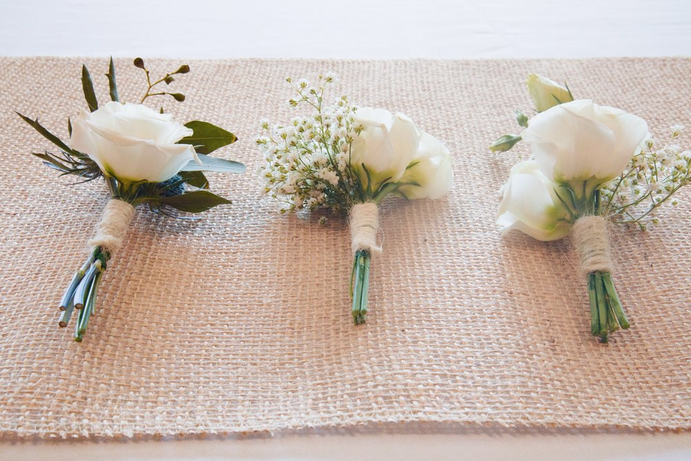 Groom's boutonnière & corasages for Moms.