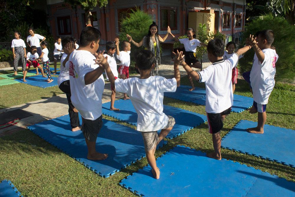 Volunteer Yoga Teacher, Lorena, with BCF students