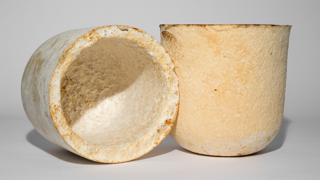 Mycelium-products-by-Officina-Corpuscoli_dezeen_06_644.jpg