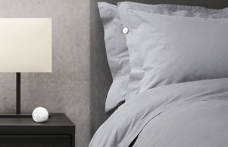 Sense is equipped with a Sense Smart Alarm that will wake users at an optimal time in their sleep cycle.