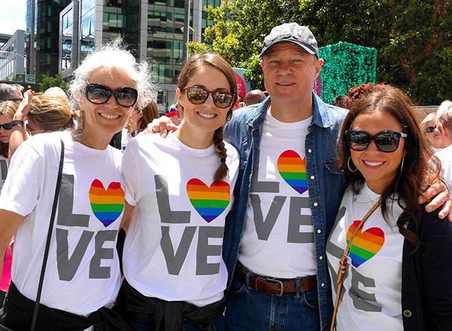 IL_PrideParade_3.jpg