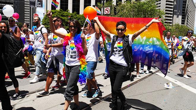 IL_PrideParade_5.jpg