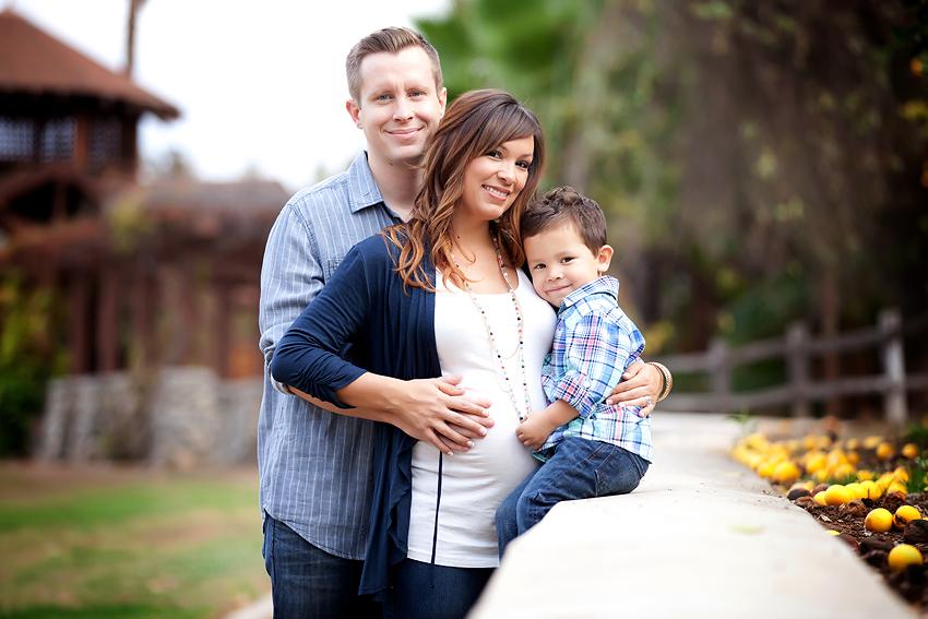 Riverside-Orange-Grove-Maternity-Session (2)