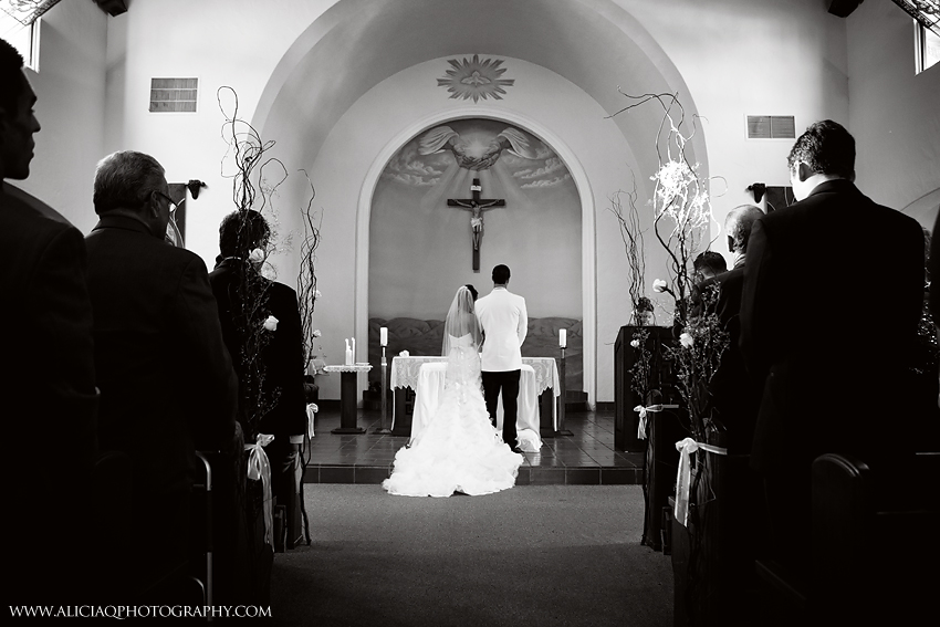 San-Diego-Catholic-Wedding-Saint-Agnes-Sheraton (16)