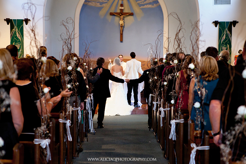 San-Diego-Catholic-Wedding-Saint-Agnes-Sheraton (17)
