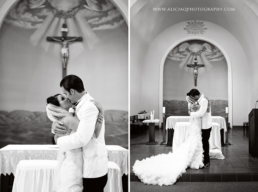 San-Diego-Catholic-Wedding-Saint-Agnes-Sheraton (24)