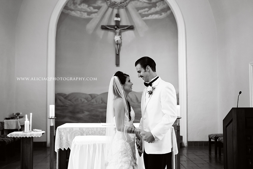 San-Diego-Catholic-Wedding-Saint-Agnes-Sheraton (25)