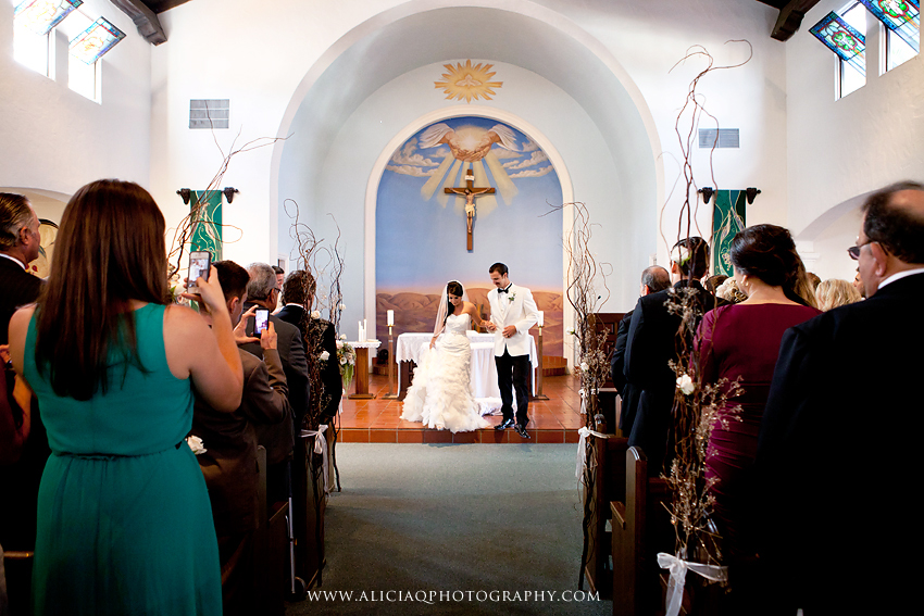 San-Diego-Catholic-Wedding-Saint-Agnes-Sheraton (26)