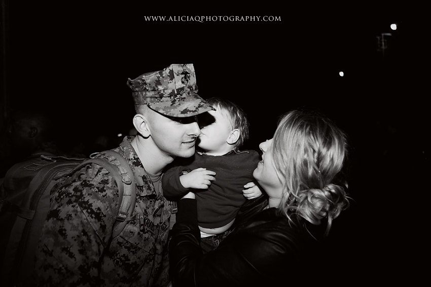 San-Diego-Marine-Corps-Homecoming (35)