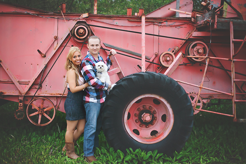 Rustic-Country-Engagement-Pictures (8)