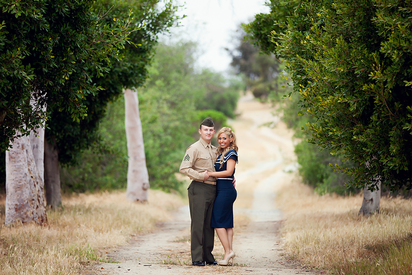 Vintage-Engagement-Pictures (1)