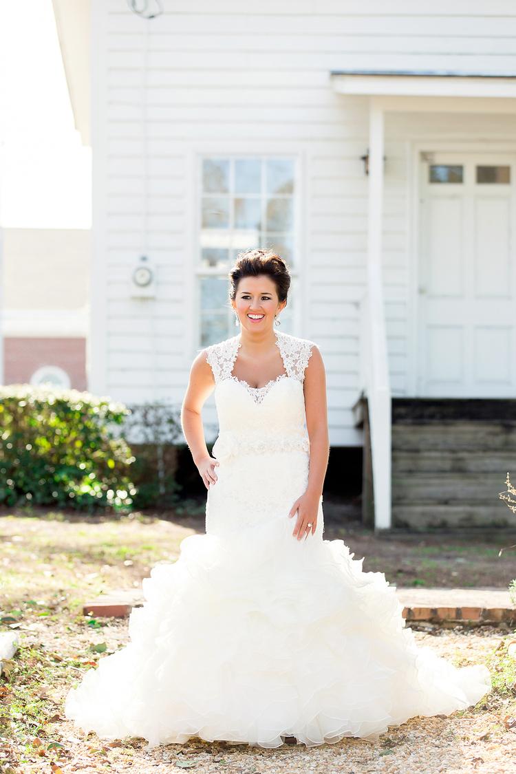 Downtown Jacksonville NC Bridal Portraits | Jacksonville NC Wedding ...