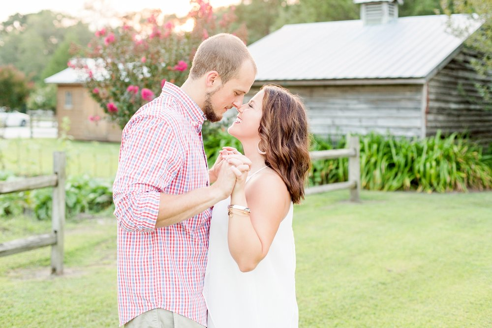mikes-farm-engagement-pictures
