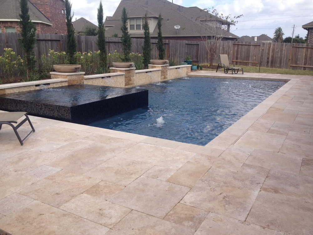 Travertine Pavers (Versailles Pattern)