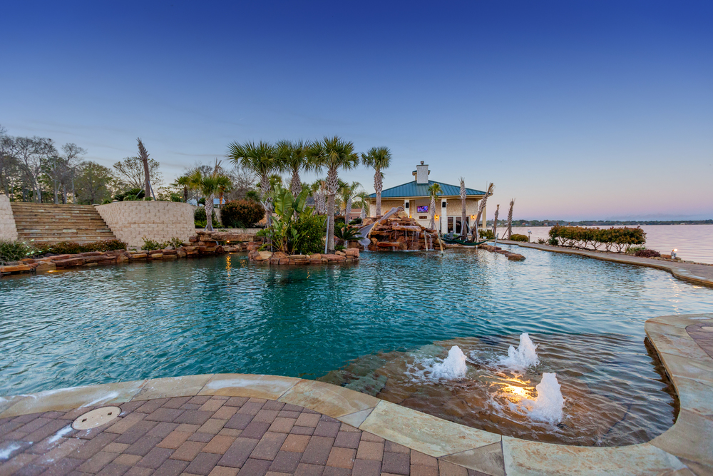 Featured on  HGTV's    Cool Pools    Watch Here