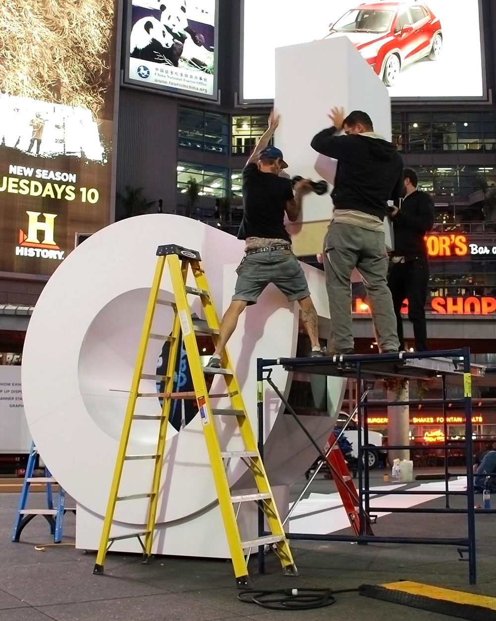 Set up of interactive advertising installation.