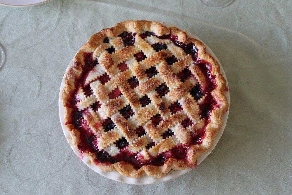 cherry-pie-1241372_1920.jpg