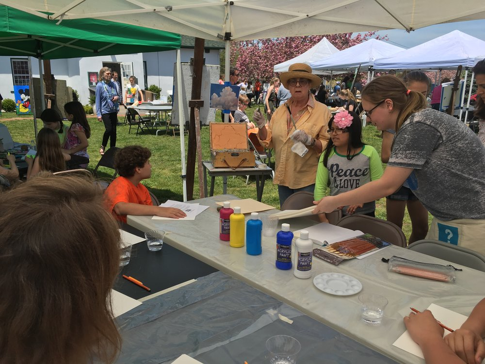 Festival Of arts arcylic painting workshop.JPG
