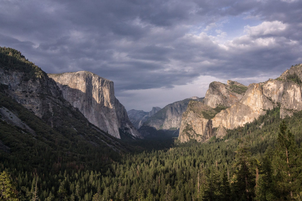 luzod-design-co-nate-yosemite-tunnel-view.jpg