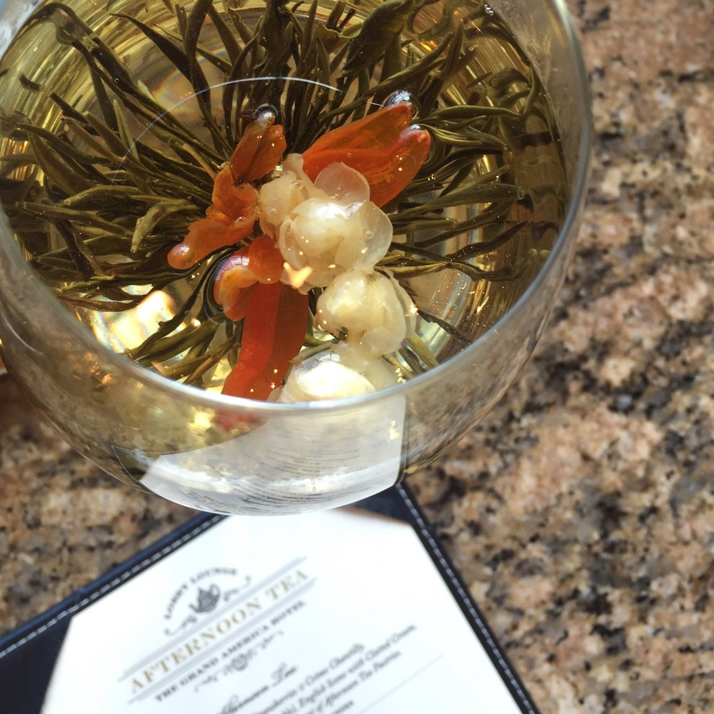The Grand America Hotel Afternoon Tea Flower (photo cred. Cassidy Demkov)
