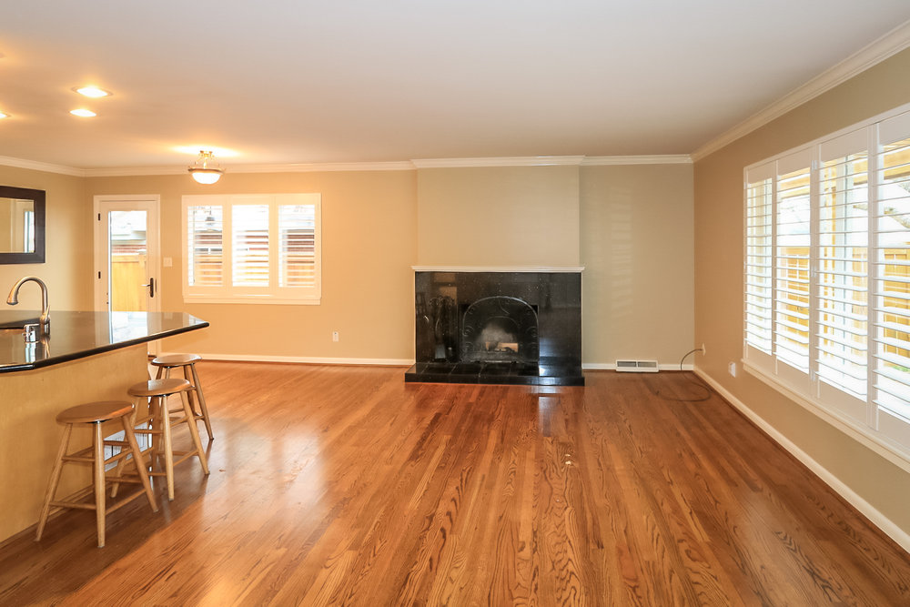 Living Room - 2241 E Bryan Cir, Salt Lake City, UT 84108