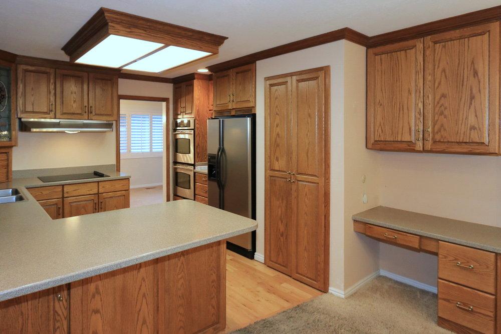 Kitchen -1951 E Woodside Dr, Holladay, UT 84124