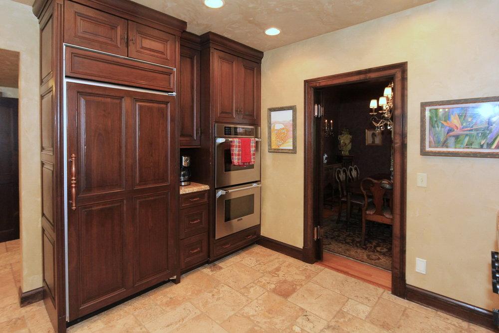 Kitchen 4 - 1579 E Sherman Ave