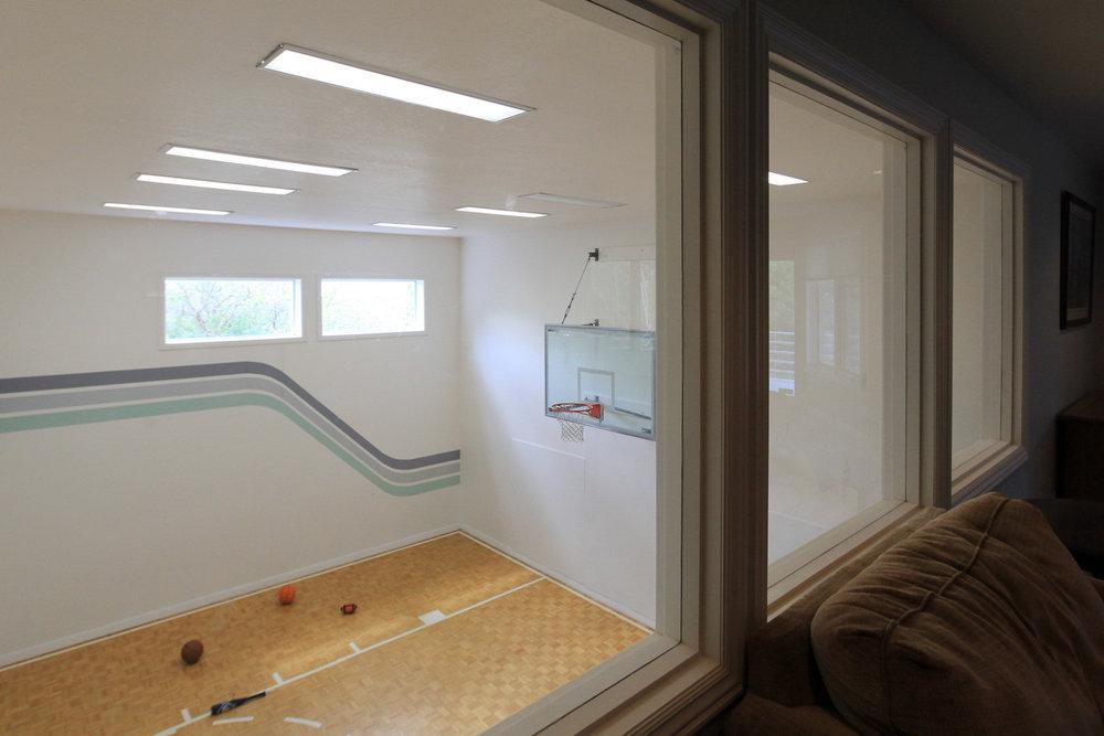 Indoor Gym - 3851 E Viewcrest Dr, Salt Lake City, UT 84124