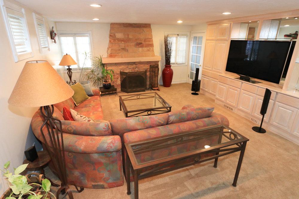 Family Room - 1429 E Michigan Ave, Salt Lake City, UT 84105