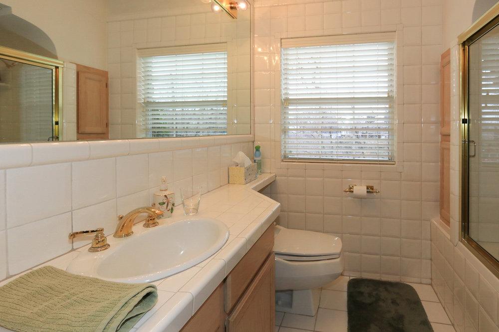 Bathroom on Main - 1429 E Michigan Ave, Salt Lake City, UT 84105