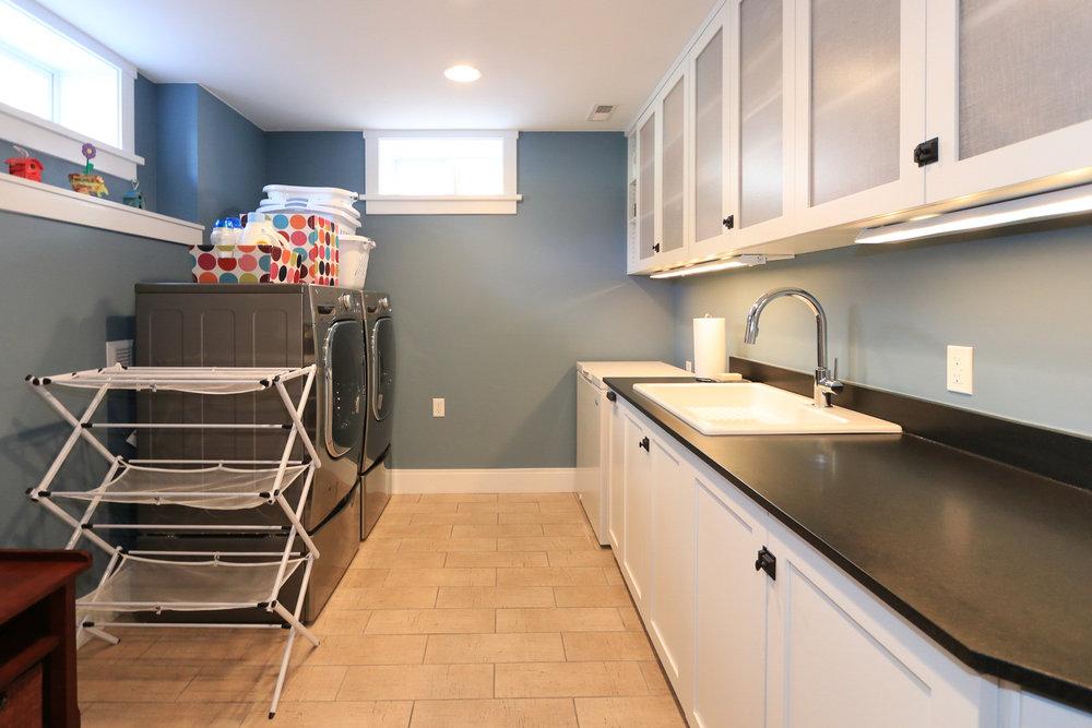 Laundry Room - 1571 E Harvard Ave, Salt Lake City, UT 84105