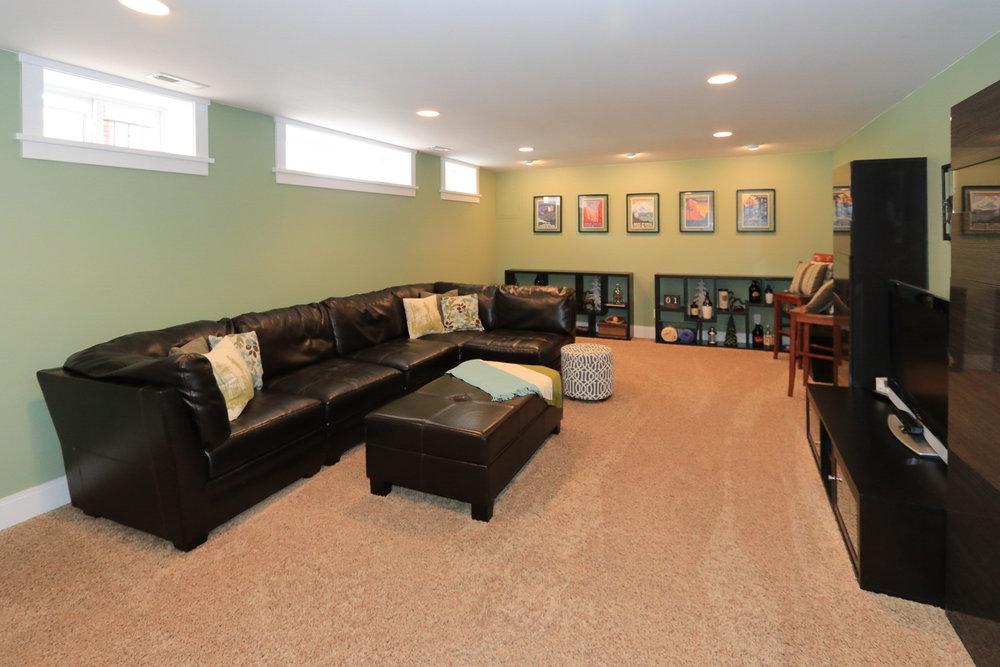 Family Room1 - 1571 E Harvard Ave, Salt Lake City, UT 84105