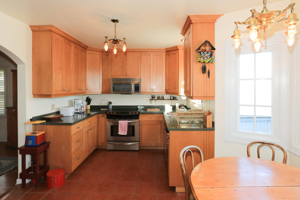 526 11th Ave Kitchen