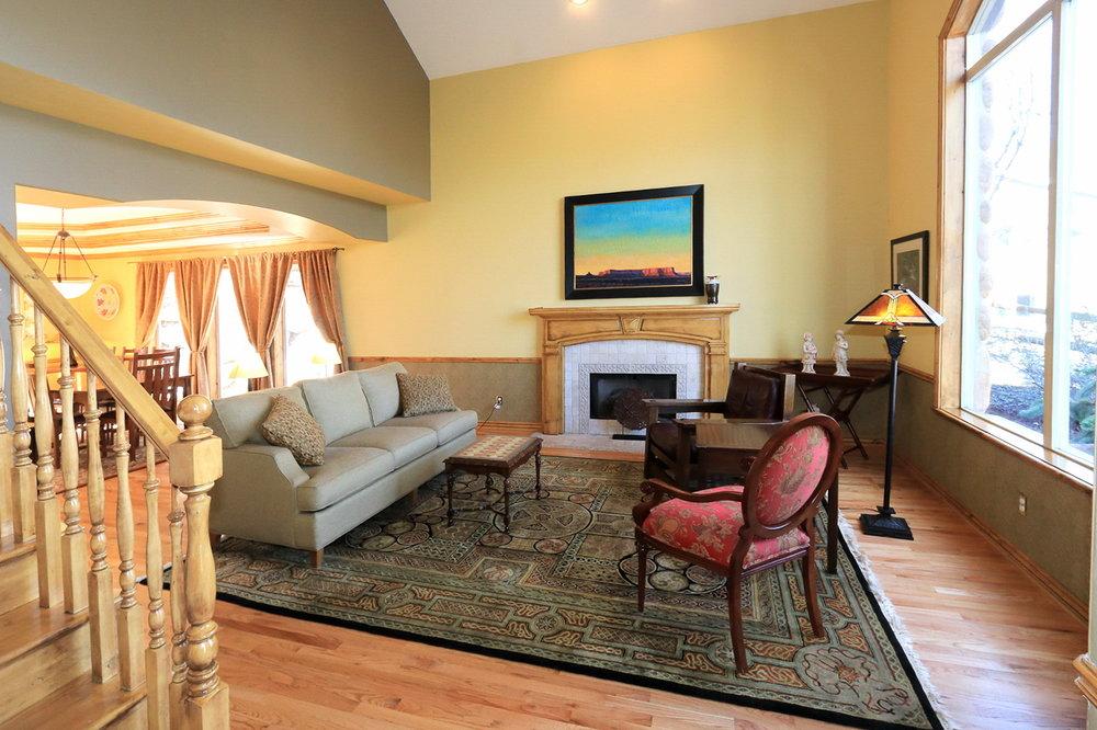 Living Room - 349 Middle Oak Ln, Emigration Canyon, UT 84108