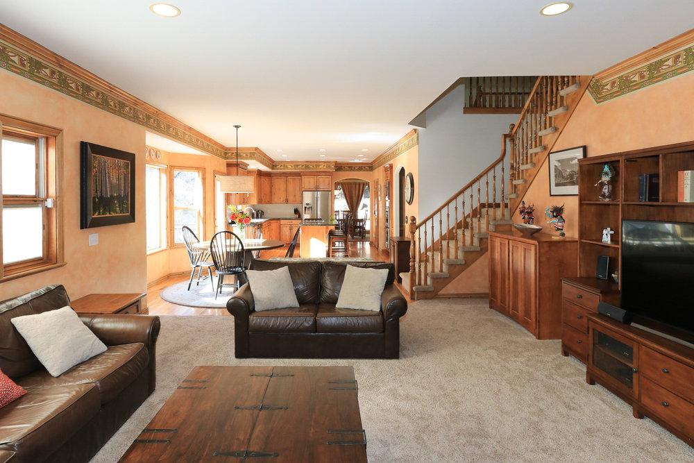 Family Room - 349 Middle Oak Ln, Emigration Canyon, UT 84108