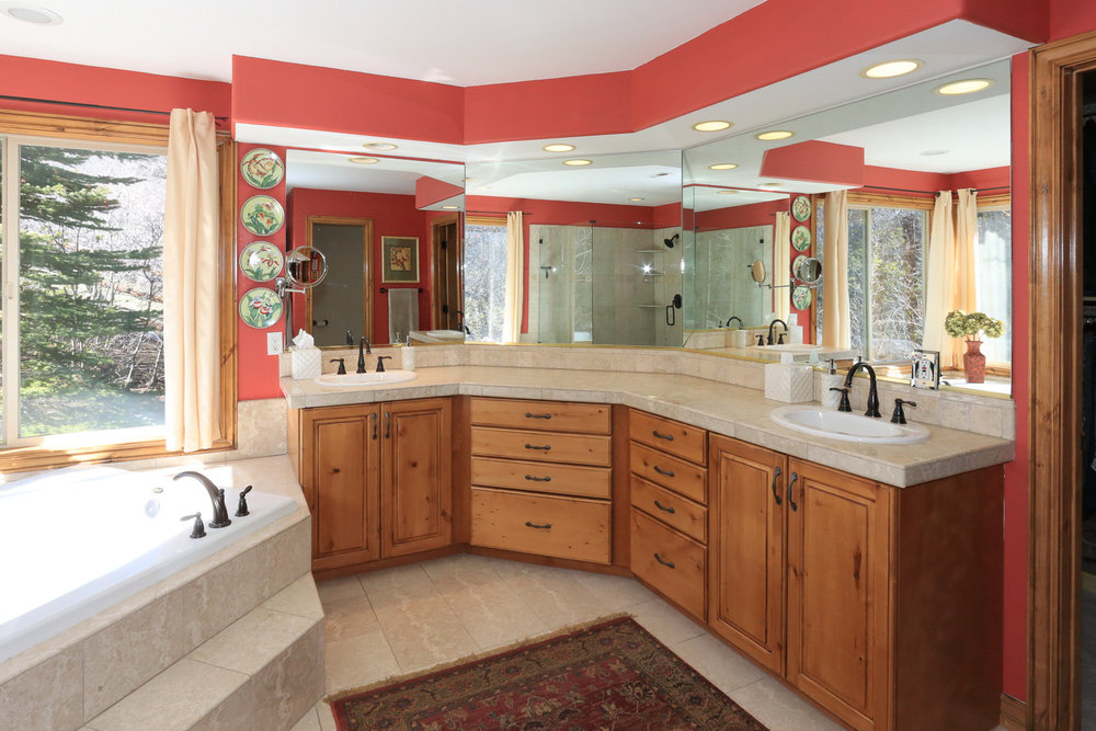Master Bath - 349 Middle Oak Ln, Emigration Canyon, UT 84108