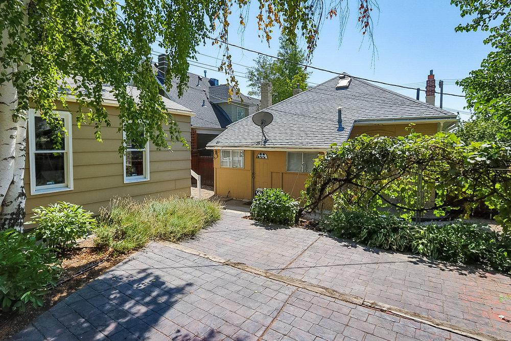 763 4th Ave Backyard