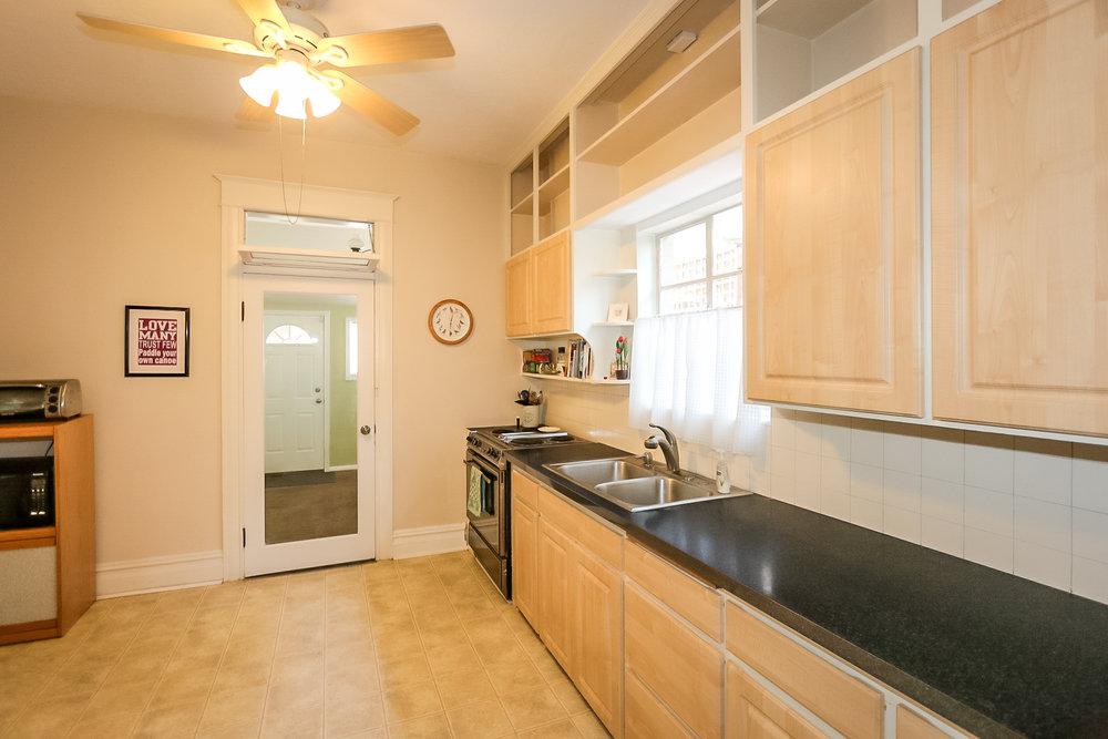 763 4th Kitchen