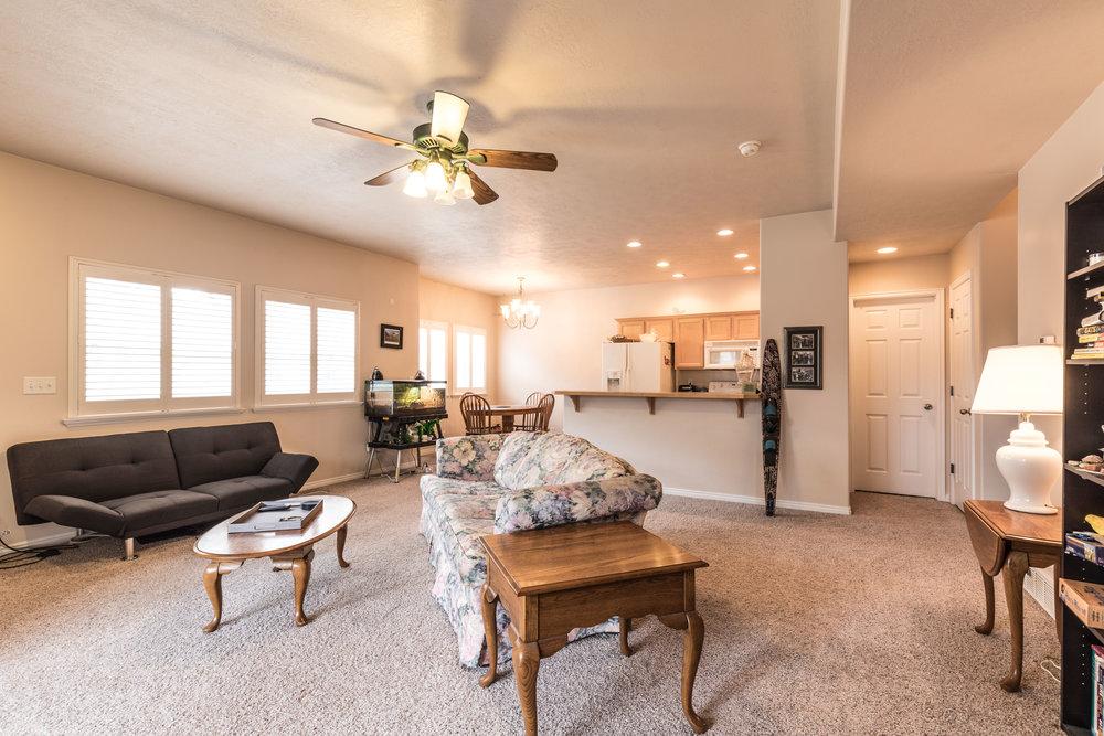2 - living room.jpg