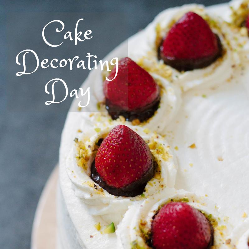cake decorating day