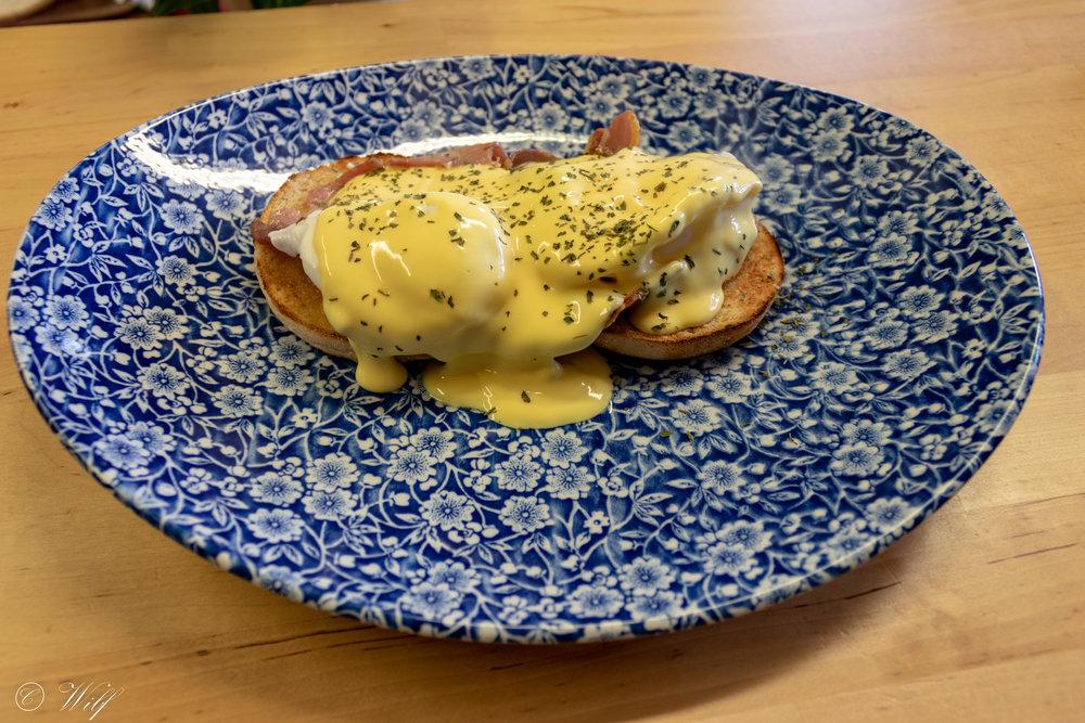 Breakfast - Eggs Ben.jpg