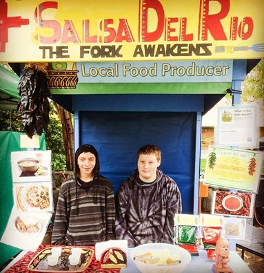 So wonderful seeing youth from the Small Business Class at Riverfront School out at the market selling their green & red Salsa del Rio enchilada sauce packets! Thanks for your support Eugene Saturday Market and be sure to get them while you can! These would make a fantastic holiday gift for your loved ones!