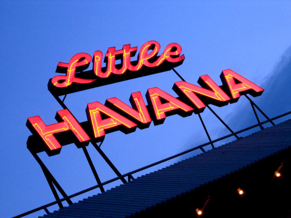 Ebco-Havana-Sign-Neon.jpg