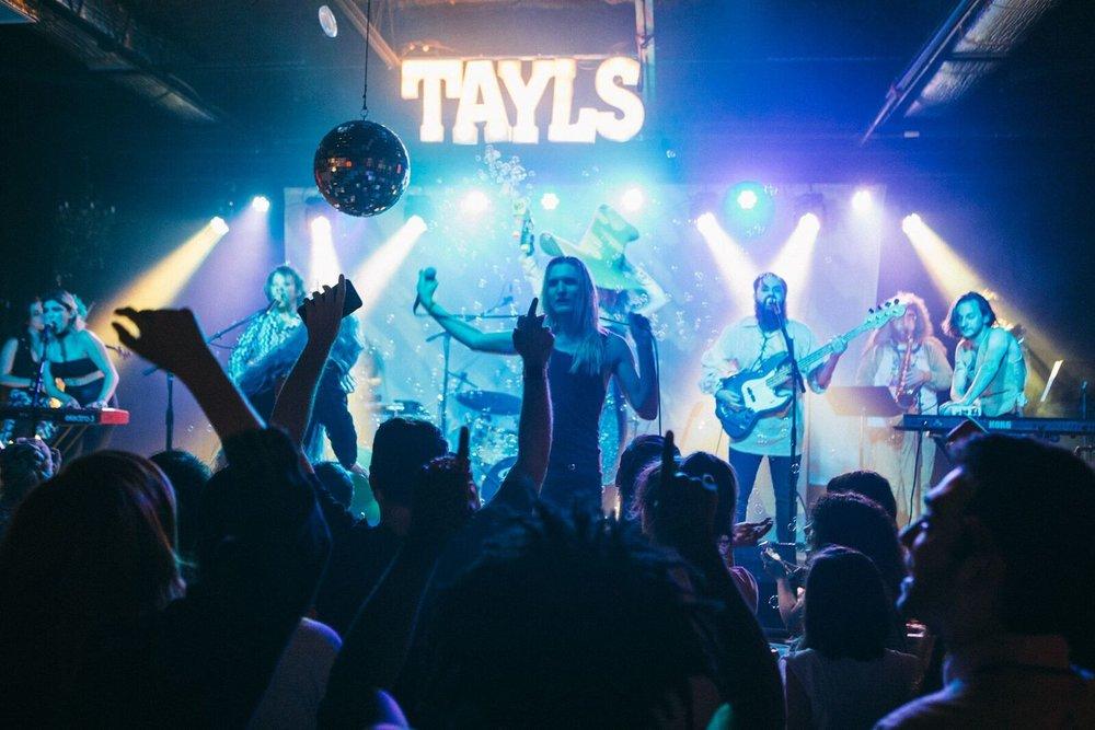 TAyls show.jpg