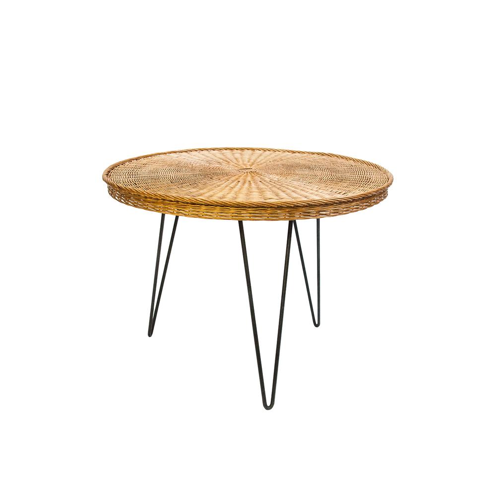 aBranca_1010000223_table.jpg