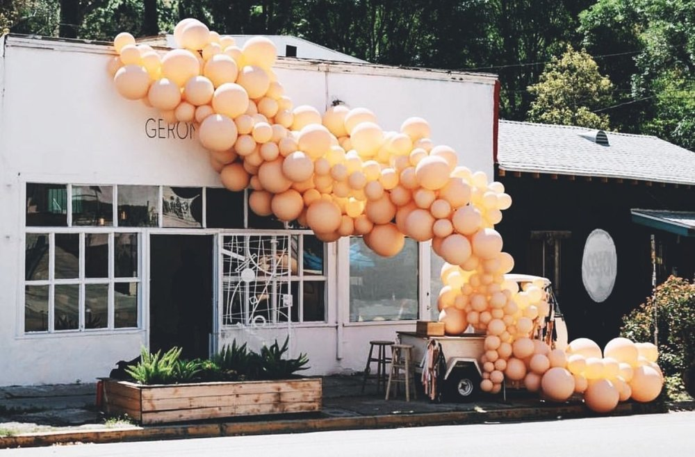 Balloon installation by LA-based Jihan Zencirli of Geronimo.