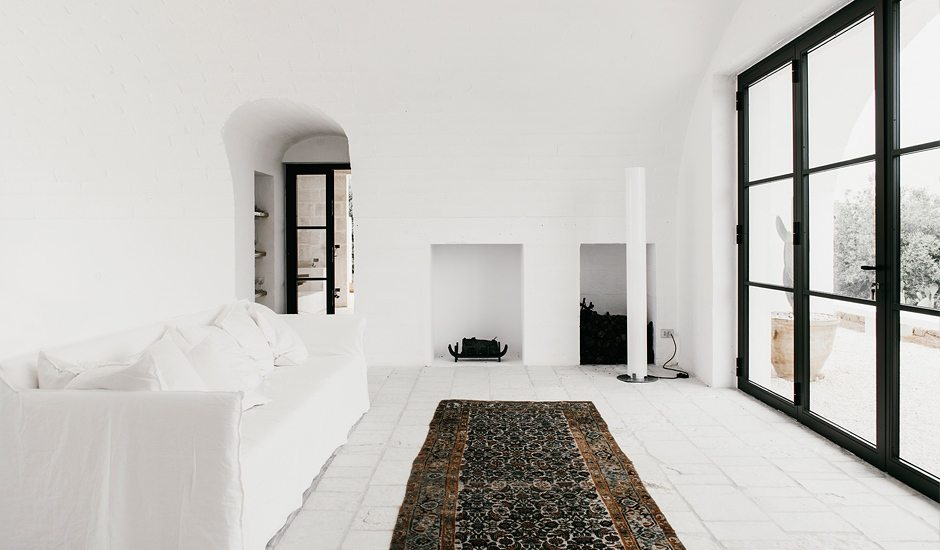 all_white_interior_italy.jpg